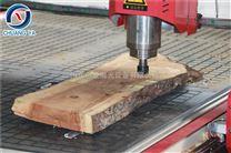 低价直销1325木工雕刻机工艺木门、屏风、壁画雕刻机